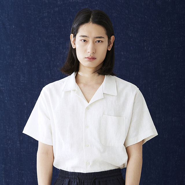 헤이시카HEYSHKA WHITE SHORT-SLEEVED SHIRT반팔 셔츠